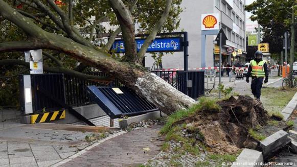 """Stuhia vdekjeprurëse """"Friederik"""" bën kërdinë në Gjermani e Holandë"""