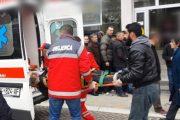 E tmerrshme: I moshuari në Prizren, sëmuret  duke pritur në radhë për të marrë pensionin (Video)