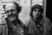 27 vite nga rënia e komunizmit, shikoni fytyrat e shqiptarëve në vitin 1991(Foto)