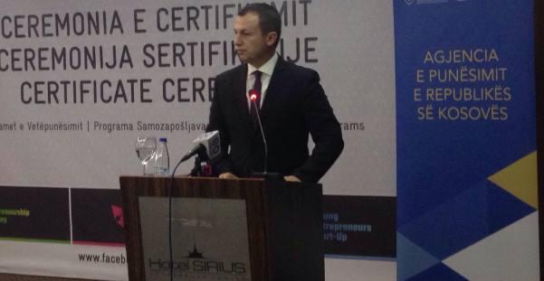 Ministria e Punës certifikon 164 punëkërkues të rinj