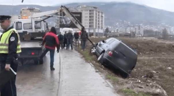 Aksident në Prizren, dy të lënduar