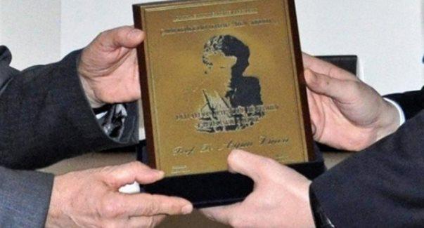 """Çmimin """"Azem Shkreli"""" e fiton Rushit Ramabaja"""