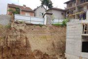 Ndërpriten punimet e një shtëpie në Prizren (Foto)