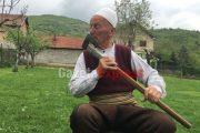 Historia e pabesueshme e plakut nga Korisha: Luftoi me arushën për ta mbrojtur djalin e hasretit