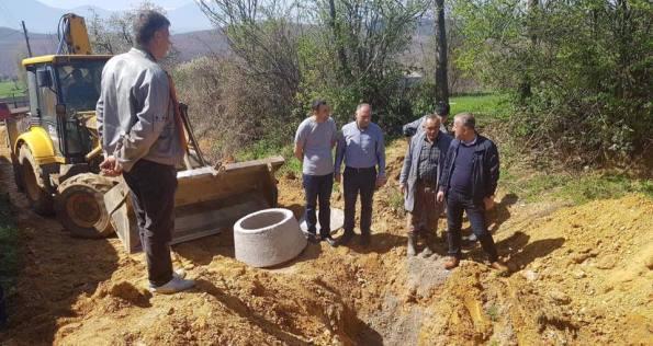 Nis rregullimi i kanalizimit në Dragaqinë të Suharekës