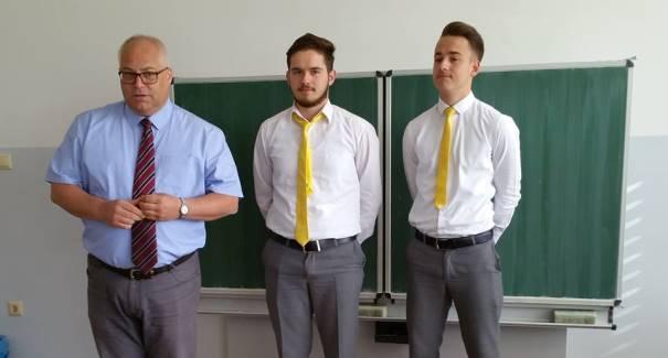 """Prizren: Nga 100 bursa në mbarë botën- dy i fitojnë maturantët e gjimnazit """"Loyola"""""""