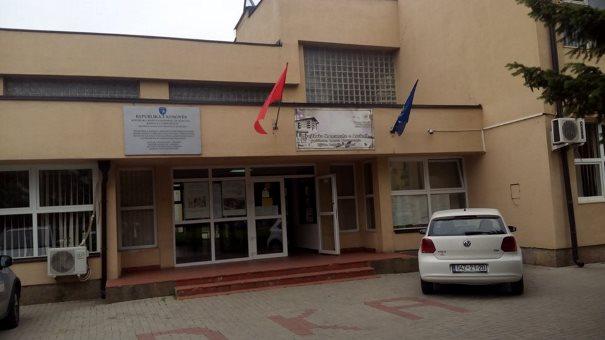 Tetëdhjetë studentë përfitojnë bursa në Prizren