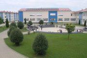 """""""Loyola – Gymnasium"""" në Prizren arrin kalueshmërinë 100 për qind në testin e maturës"""