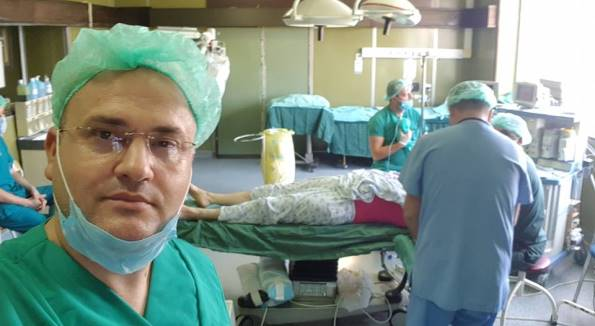 Deputeti-mjek denoncon mungesën e mjeteve elementare për operacione në spital