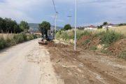 Pas reshjeve, pastrohet rruga dhe trotuari në Rahovec
