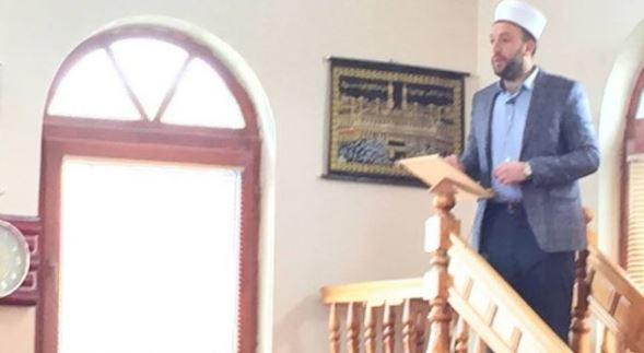 Fshati Fortesë i Rahovecit merr një vendim për imamin që ofendoi Haradinajt
