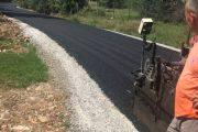 Asfaltohen rrugët në fshatin Maxharrë të Malishevës