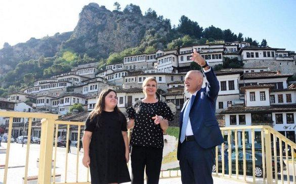 President Meta dhe Presidentja e Kroacisë vizitojnë Beratin