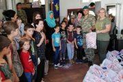 KFOR-i turk shpërndau veshmbathje për familjet skamnore në Prizren