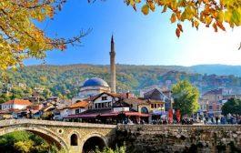Opozita e shoqëria civile komentojnë arrestimin e dy zyrtarëve të Komunës së Prizrenit