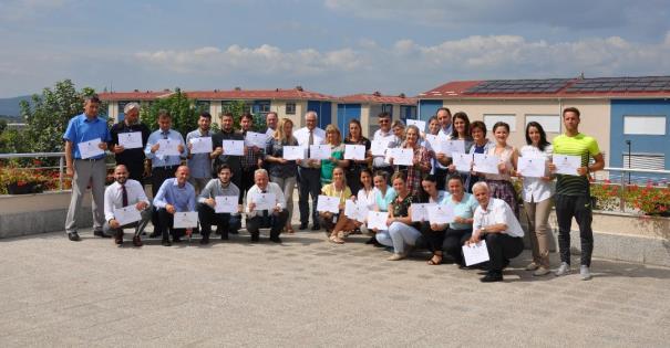 """MASHT-i certifikon mësimdhënësit e gjimnazit """"Loyola"""" në Prizren, për Kurrikulën e re programore"""