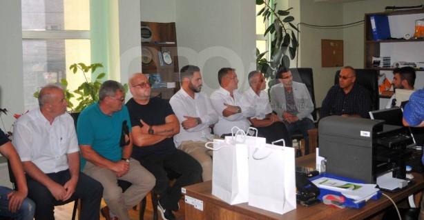 Presidenti i FFK-së, Agim Ademi, nis turin e vizitave nëpër klubet kosovare