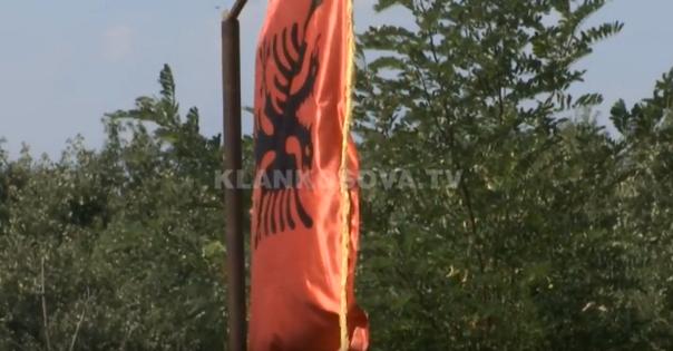 Në Krushë të Vogël kërkojnë lapidar për viktimat (VIDEO)