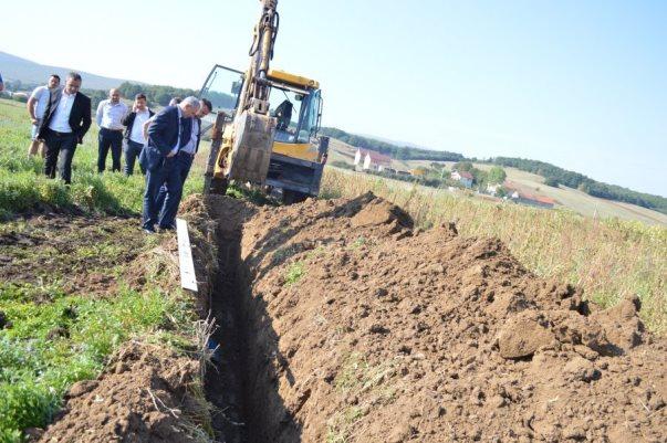 Ndërtohen edhe dy mijë metra kanalizim në Turjakë