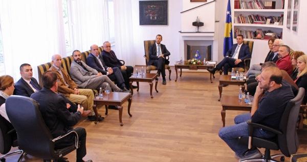 Ministri Gashi: Strategjia e Kulturës të përfshijë konsultime të të gjithë akterëve