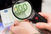 Prizrenasi dënohet me burg, u kap me 100 mijë euro false dhe armë e municion