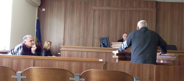 Dragash:Dënohet me tre muaj burgim me kusht i akuzuari që pranoi fajësinë për lëndim të lehtë trupor