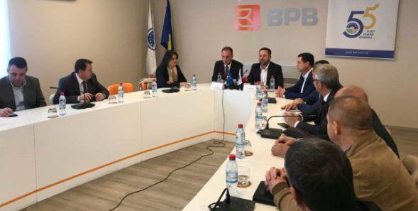 Limaj bën thirrje për bashkëpunim ekonomik Kosovë – Shqipëri