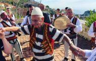 Turku plotëson ëndrrën, bëhet shqiptar në moshën 90-vjeçare