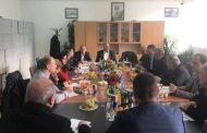 Skënder Susuri takohet me drejtorët e shkollave në Has