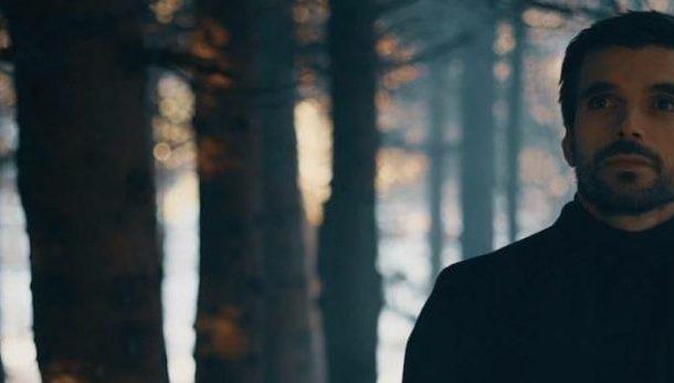 """""""Mjaft në heshtje"""", kënga më e re nga Mentor Mazreku"""