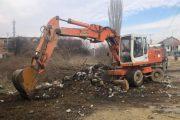 Pastrohet deponia ilegale e mbeturinave në Krushë të Madhe