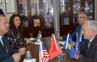 Kryetari Begaj priti në takim ambasadorin e Shqipërisë, Qemal Minxhozi