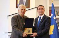 """Ibrahim Kadriu, laureat i Çmimit për Vepër Jetësore """"Azem Shkreli"""""""
