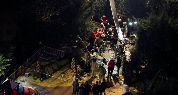 Katër ushtarë vdesin si pasojë e rrëzimit të helikopterit në Stamboll