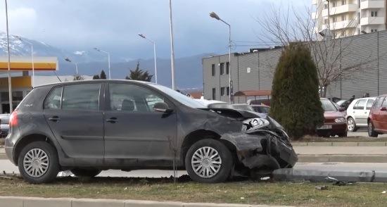 Aksidentohen dy vetura në Prizren(Video)