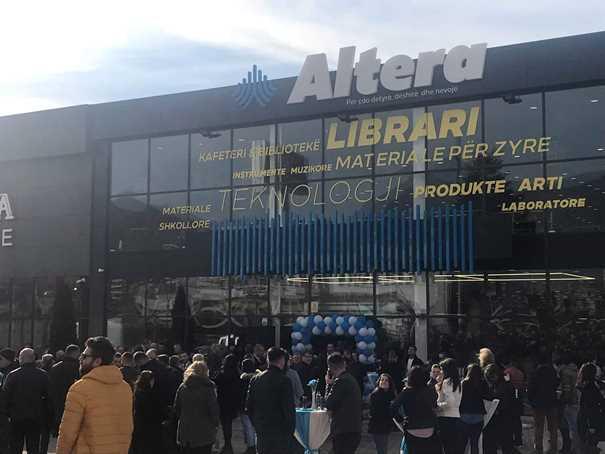 """Prizren: Përurohet """"Altera"""", libraria më e madhe në Kosovë"""