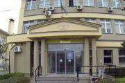 Suharekë:Një muaj arrest shtëpiak për të pandehurin që dyshohet se e kanosi dëshmitarin gjatë seancës gjyqësore