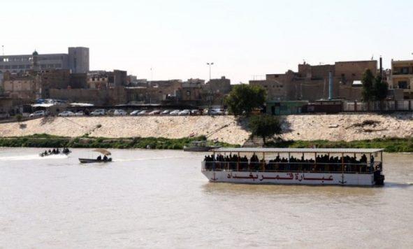 Fundoset trageti në Tigris,71 persona humbën jetën