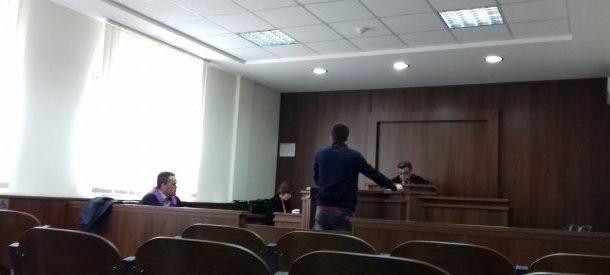 """Shtyhet gjykimi ndaj aktivistit të """"Vetëvendosjes"""" në Malishevë"""