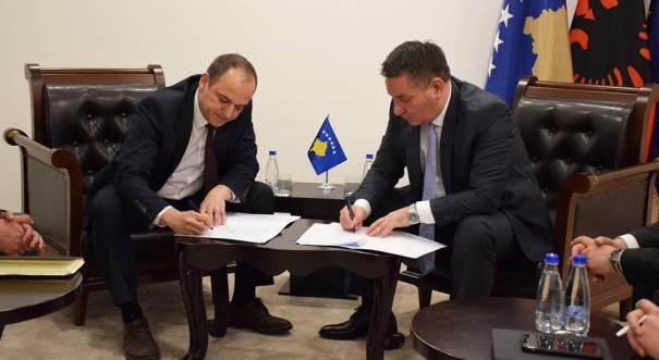 Marrëveshje për ndërtimin e rrugës në Zym dhe Planejë-Pashtrik