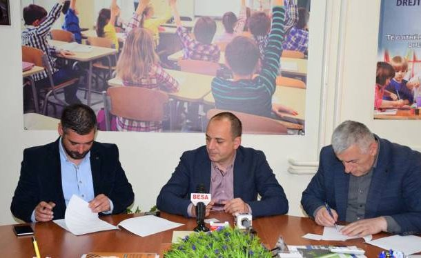 Prizren/ Marrëveshje bashkëpunimi për zhvillim të politikave imunizuese tek fëmijët