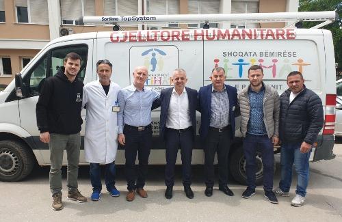 """Shoqata """"Jetimat e Ballkanit"""" -donacion me pajisje për pacientët e Spitalit të Prizrenit"""