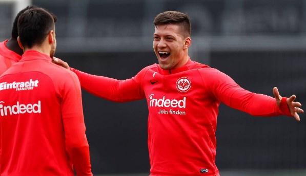 Real Madridi përmbyll marrëveshjen për Jovic
