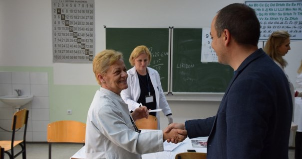 Përfunduan vizitat mjekësore të nxënësve në Prizren