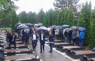 Haradinaj për gjenocidin e lagjes Tusuz së Prizrenit: Nuk ndalemi derisa përgjegjësit e masakrave të dalin para drejtësisë