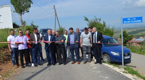 Përurohen gjashtë rrugë në Tërpezë të Malishevës
