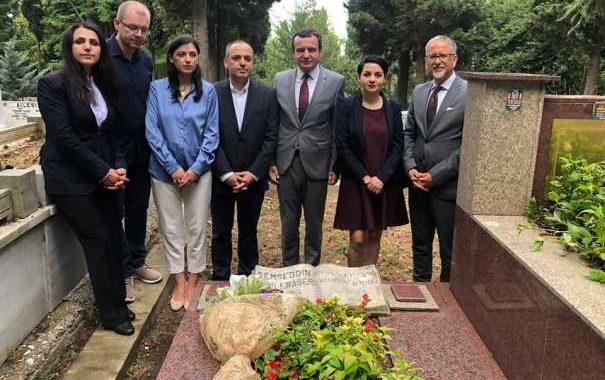 Kurti e Haskuka nderojnë  rilindasin Sami Frashëri (Foto)