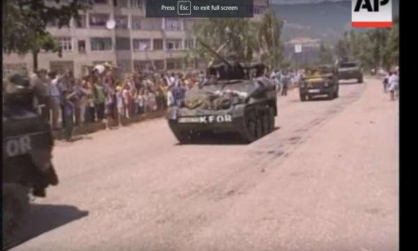 Momentet ku trupat gjermane u futën në Prizren (Video)