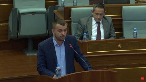 Arbër Rexhaj në mesin e deputetëve nga Prizreni që bëri më së shumti pyetje parlamentare