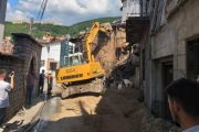 """Pastrohen rrënojat e dy objekteve  në rrugën """"Marin Barleti"""" të Prizrenit"""